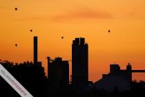Ballons in der Morgendämmerung
