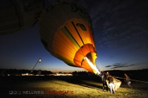 w_ballon_nightglow_ren9382