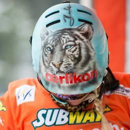 Julie Zoog (SUI) kurz vor dem Start zur Qualifikation zum Weltcup-Finale im Snowboard-Parallelslalom in Winterberg