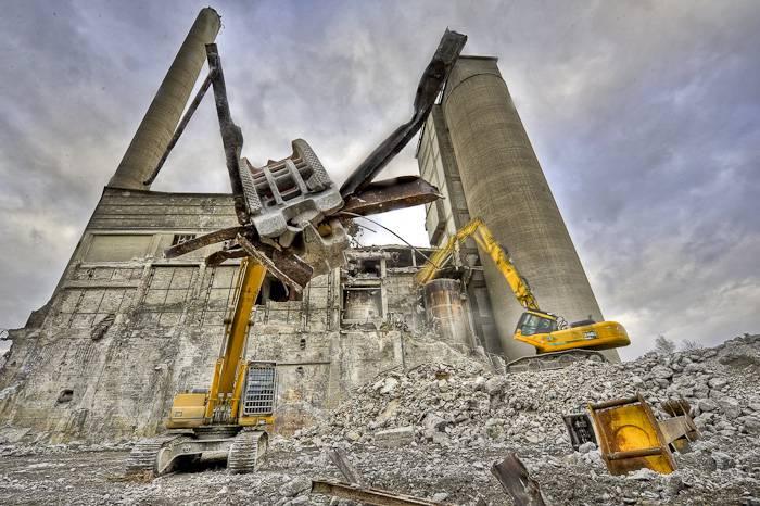 """Fotos vom Abriss des Zementwerks """"Westfalen"""""""