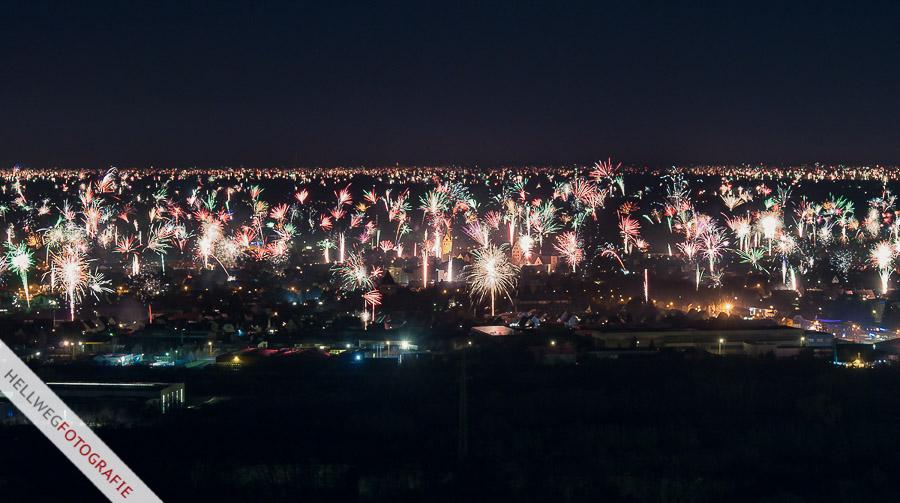Silvesterfeuerwerk über Geseke